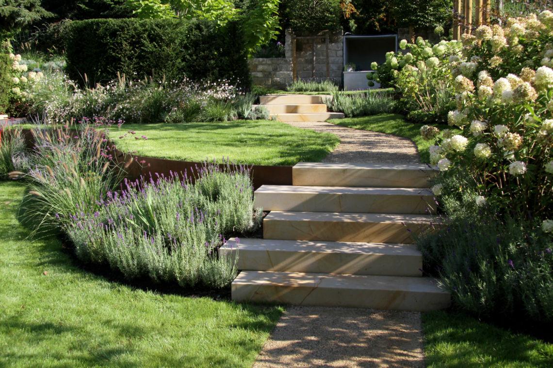 gartenmanufaktur-nuessler-garten-naturstein-treppe